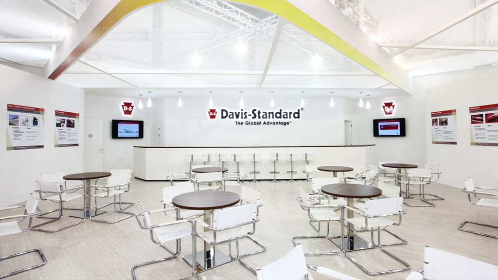 Davis-standard-stand-k-expo-2019-design-connectdesign-agency-plastic-milano-Germany-europe-communication-tradeshow-fiere-allestimento-international-minimal-2
