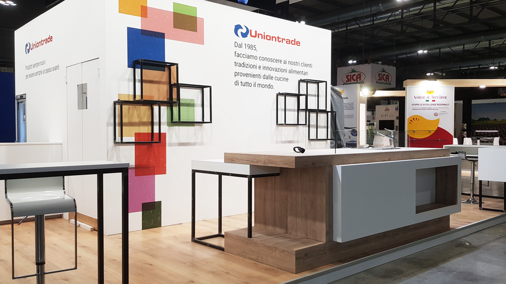 uniontrade-stand-tuttofood-expo-2019-design-connectdesign-agency-food-milano-europe-communication-tradeshow-fiere-allestimento-international-minimal-3