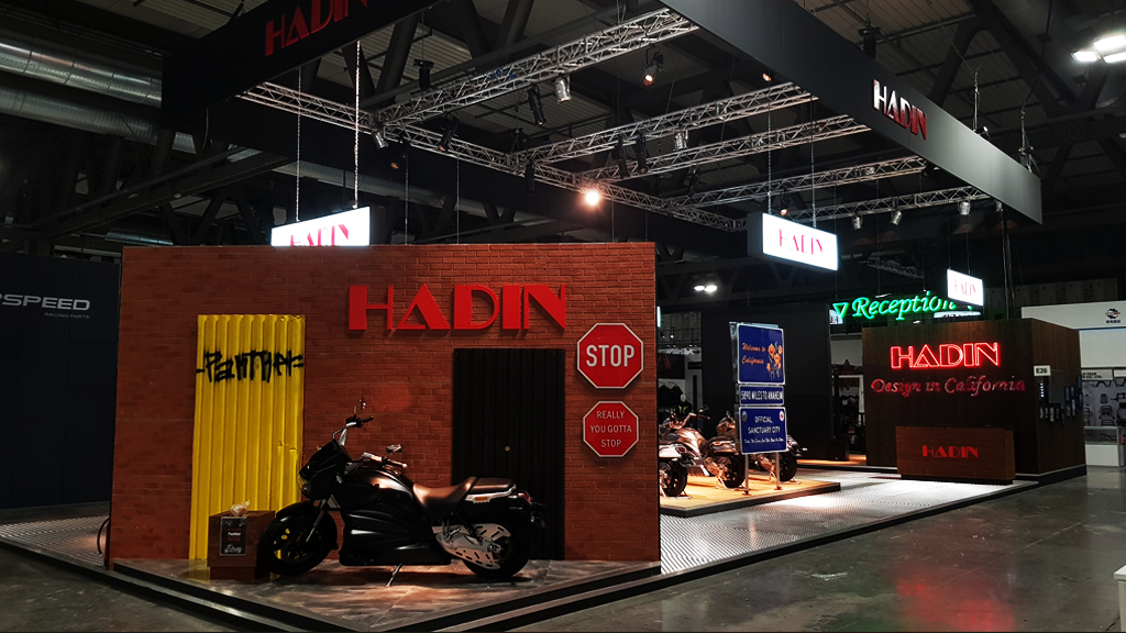 HADIN-stand-EICMA-expo-2019-design-connectdesign-agency-milano-tradeshow-fiere-allestimento-3
