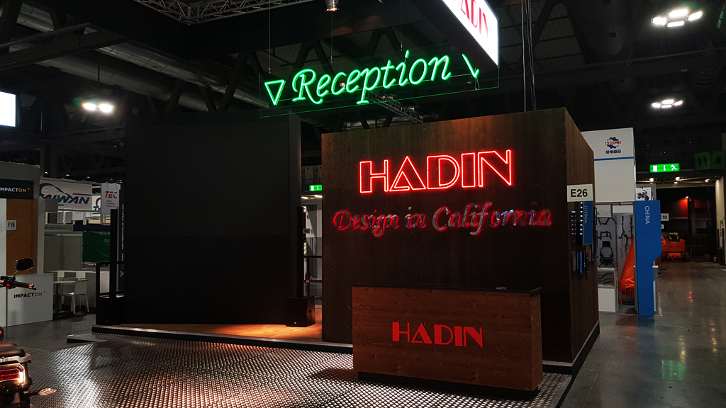 HADIN-stand-EICMA-expo-2019-design-connectdesign-agency-milano-tradeshow-fiere-allestimento-4