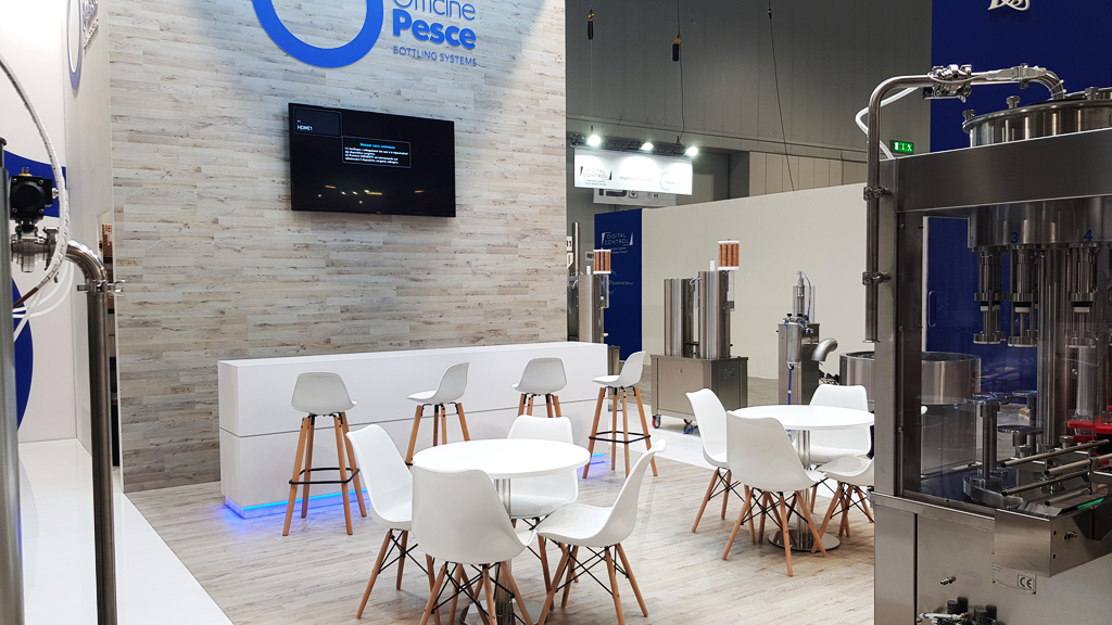 OFFICINEPESCE-stand-SIMEI-expo-2019-design-connectdesign-agency-milano-tradeshow-fiere-allestimento-3
