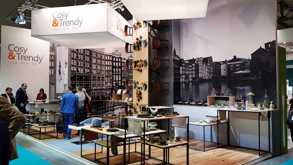cosyandtrendy-stand-HOST-expo-2019-design-connectdesign-agency-milano-tradeshow-fiere-allestimento-2